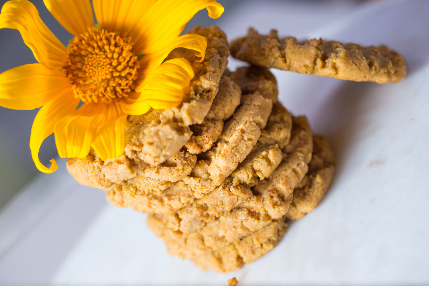 Perfectly Chewy Peanut Butter Cookies. Vegan, Gluten Free, Refined Sugar Free